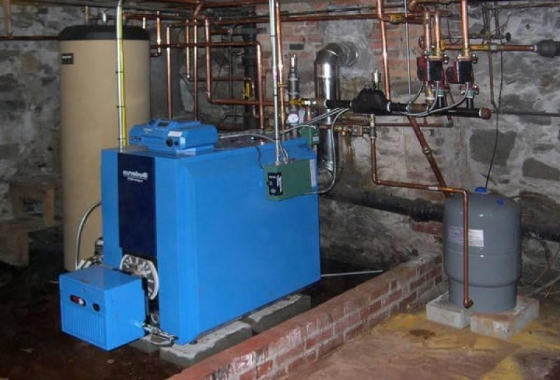 Отопительные котлы на жидком топливе - изучаем преимущества и методы установки