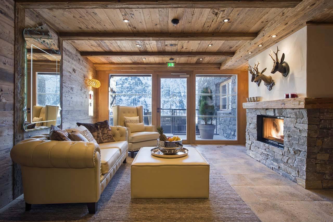 Камин в деревянном доме: разновидности конструкции и особенности монтажа