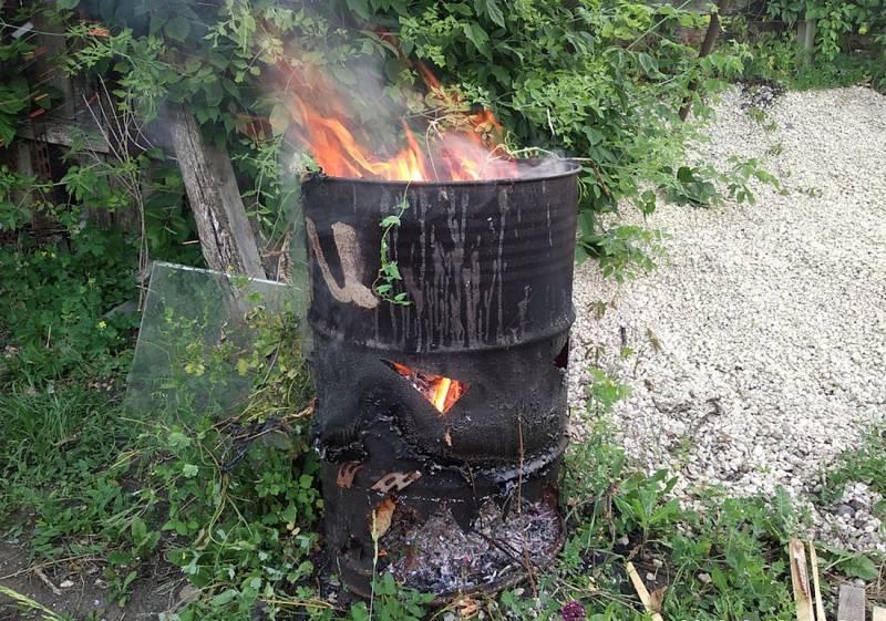 Печь мусора руками из кирпича. уничтожение отходов без расходов: как сделать печь для мусора на даче