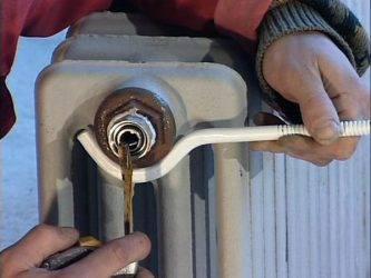 Демонтаж радиатора отопления может быть опасен