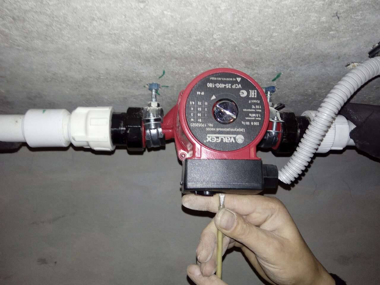 Как выполнить ремонт насоса отопления своими руками?!