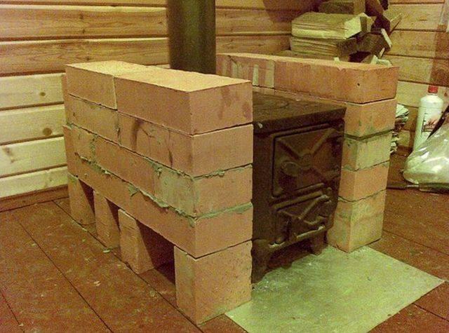 Дымоход для буржуйки своими руками: установка в деревянном доме, гараже и на даче