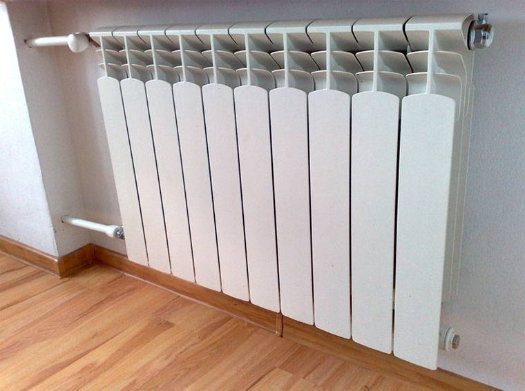 Какие батареи отопления лучше для квартиры: классификация радиаторов и их особенности