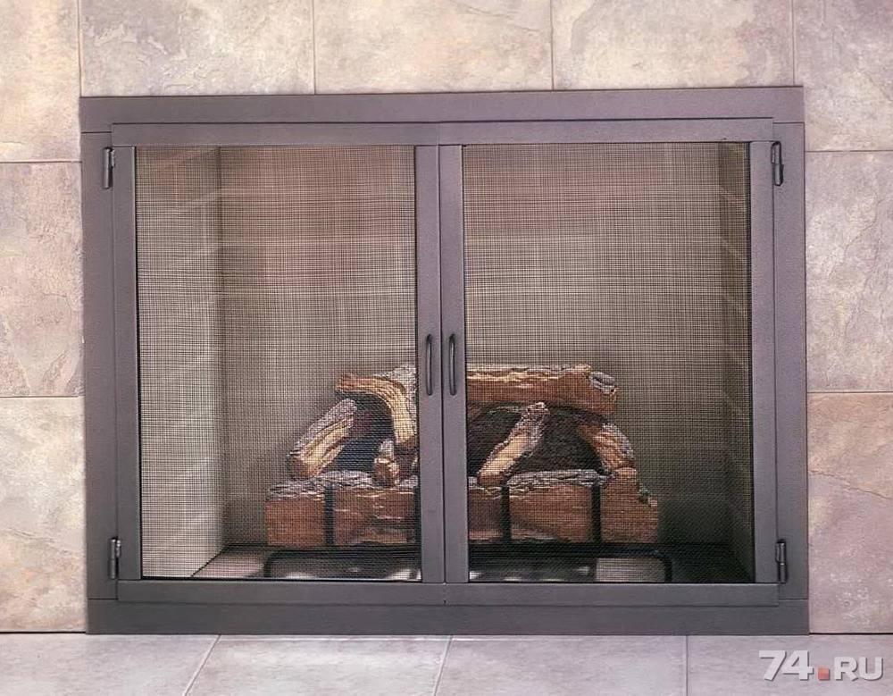 Особенности выбора и изготовления дверей для каминов и печей