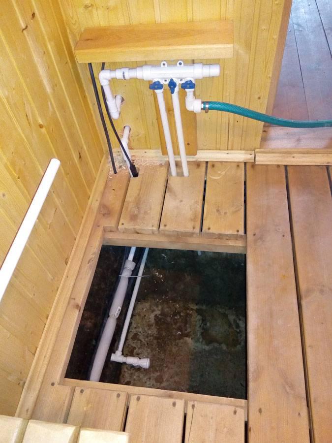 Баня зимой: сруб и другие конструкции – как строить и как эксплуатировать; бытовые вопросы – как хранить веники для бани зимой, как ведет себя в это время года баня-бочка и др