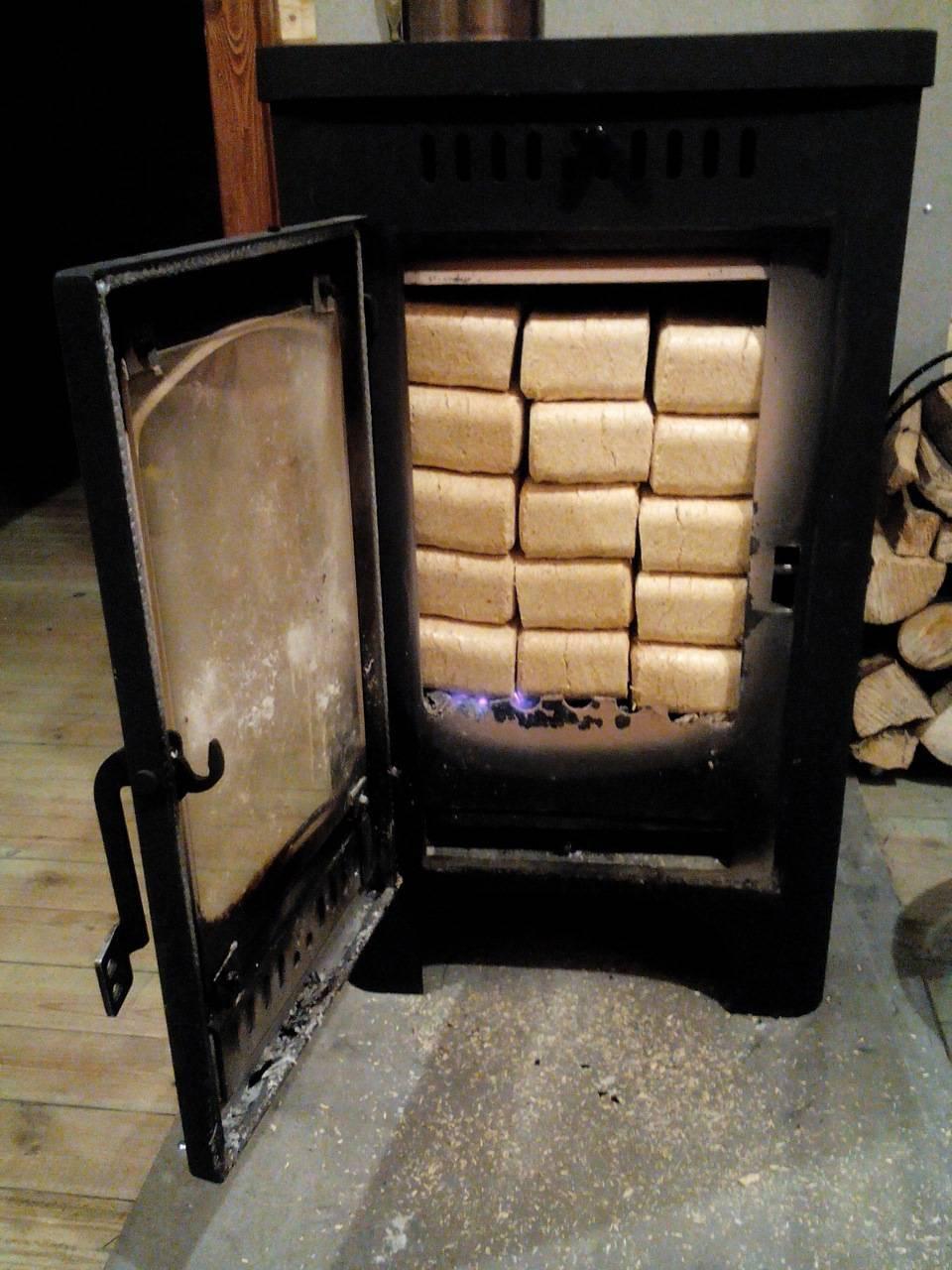 Как правильно печь топить дровами и углем?