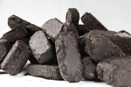 Торфяные брикеты: использование торфа для обогрева помещений, его виды, преимущества и недостатки