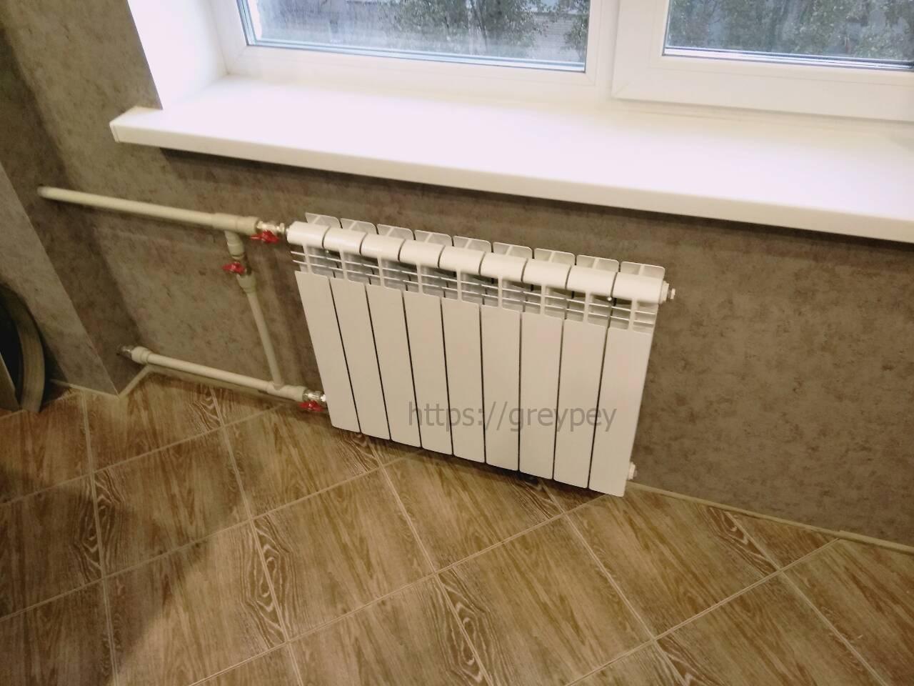 Замена батарей отопления в квартире, правильная установка отопительных радиаторов