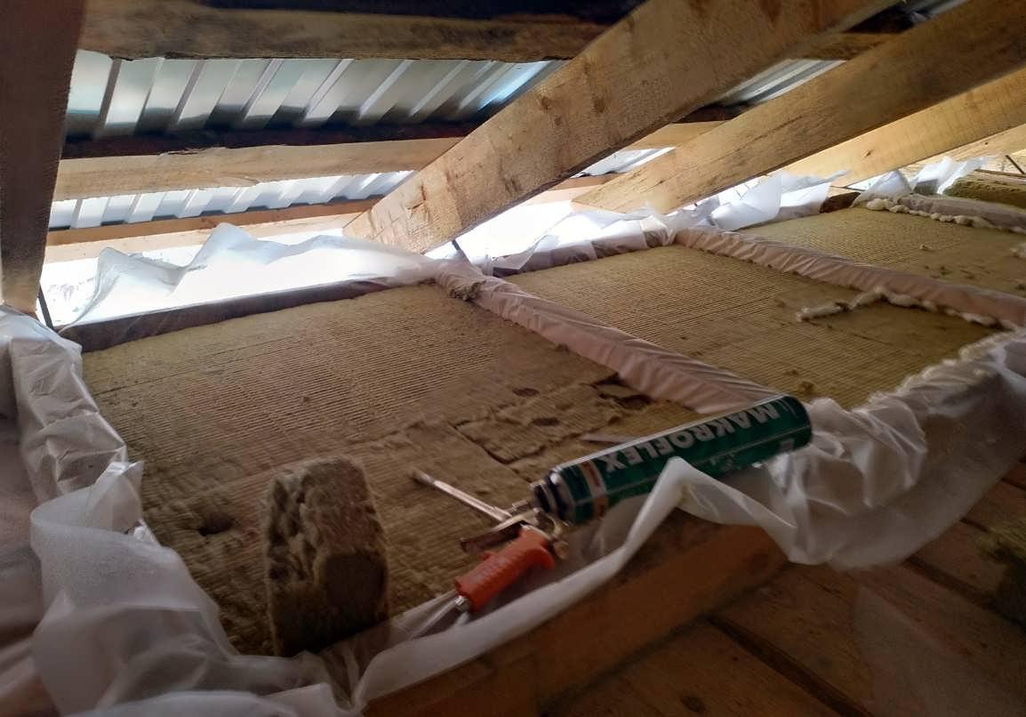 Утепление потолка своими руками со стороны чердака – пошаговое руководство