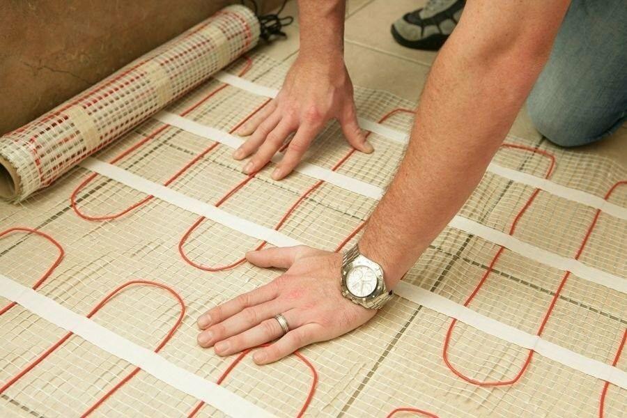 Как уложить теплый пол под плитку: монтаж электрического пола своими руками, как укладывать, как сделать, как положить, как сделать укладку, как установить кабельный пол, фото и видео