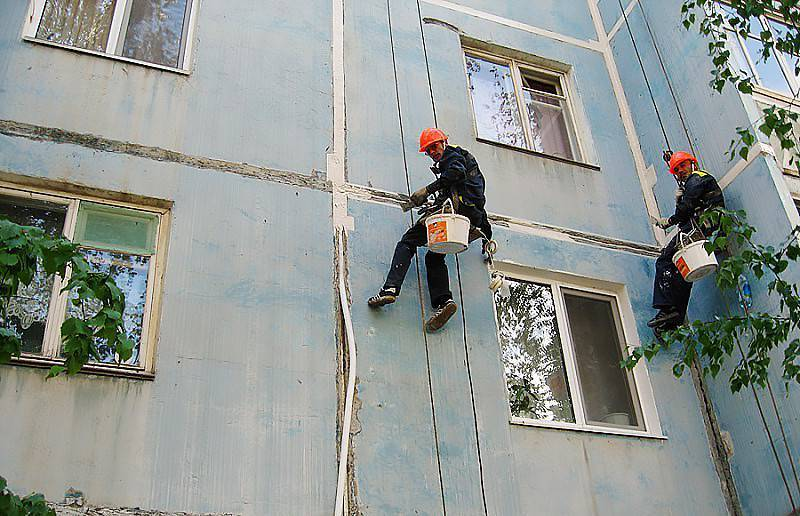 Герметизация фасада методом заделки межпанельных швов ?