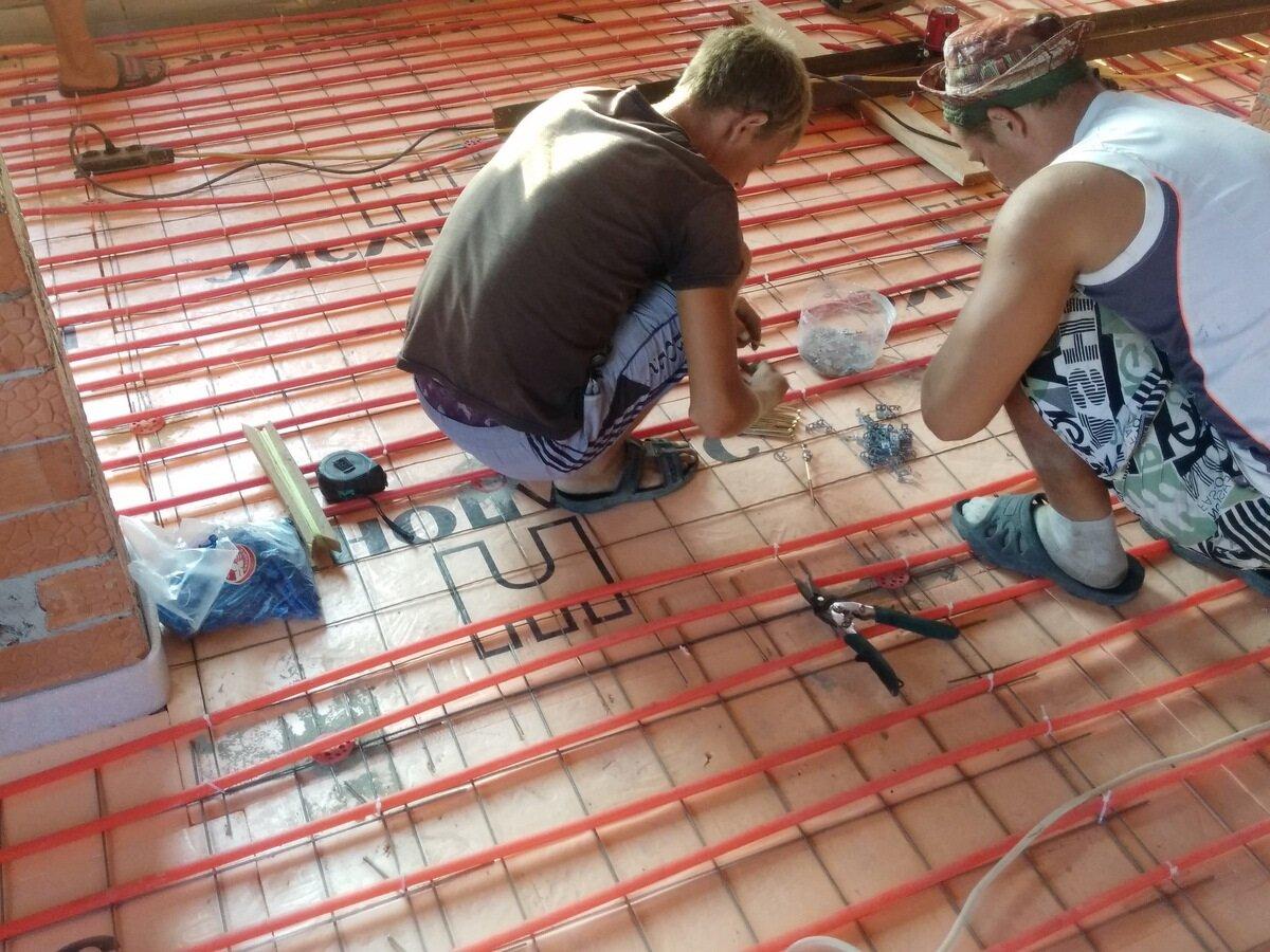 Как правильно сделать стяжку на теплый пол?