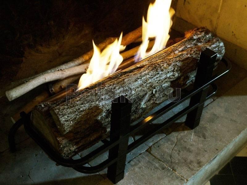 Как правильно топить камин дровами и другими видами топлива
