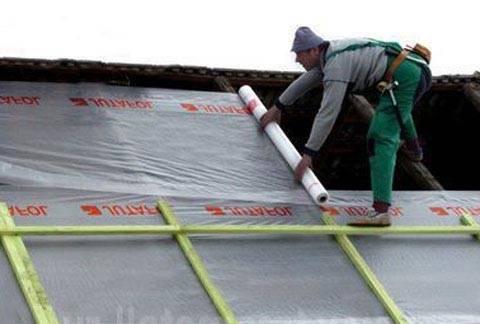 Чем отличается пароизоляция от гидроизоляции для крыши - строим сами