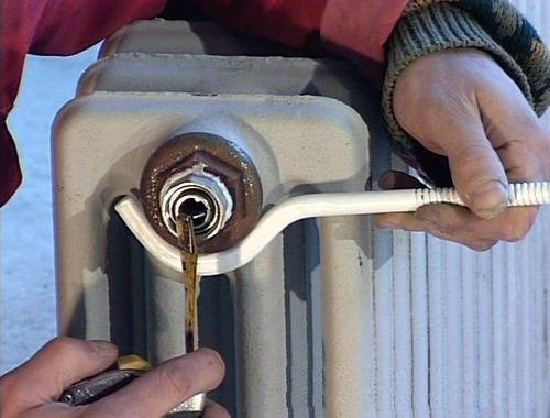 Как прочистить чугунные батареи в домашних условиях