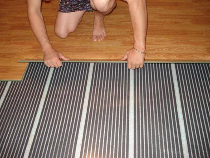 Отопление дачи теплыми полами - виды, инструкция по укладке