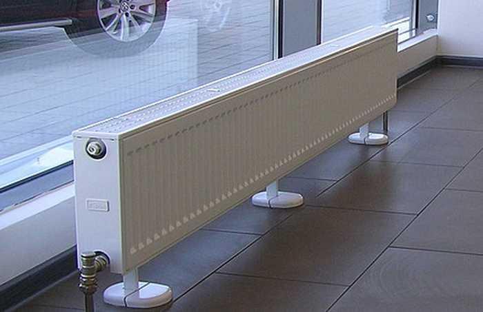 Радиаторы встраиваемые в пол, особенности крепления, допустимые размеры аппарата, детальное фото и видео