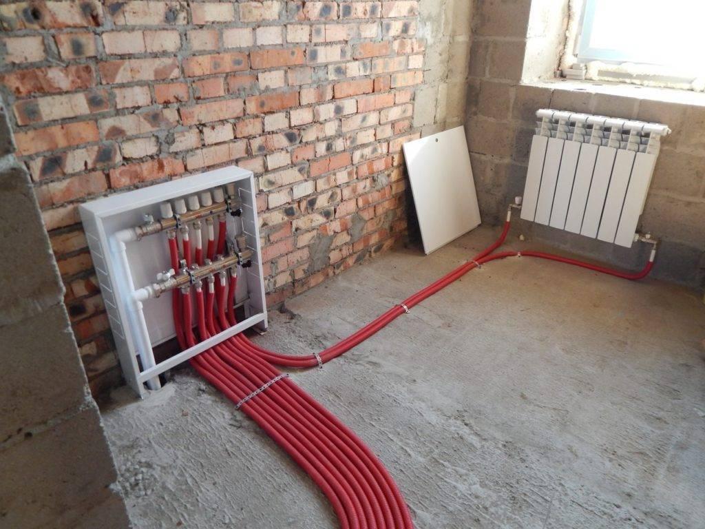 Как сделать теплый пол в гараже – монтаж электрического и водяного пола