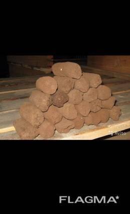 Брикеты для топки: отопительные твердотопливные брикеты, прессованные опилки для печки, твердое топливо