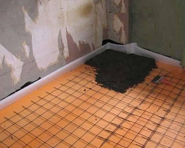 Как утеплить бетонный пол в квартире и в частном доме