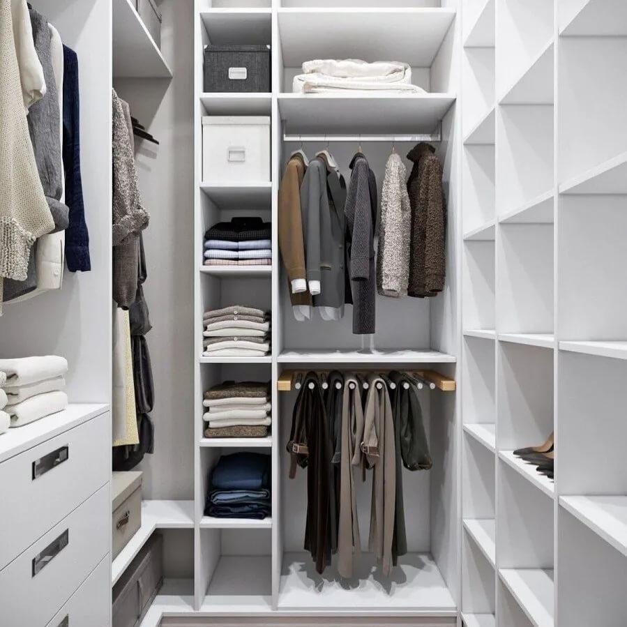Ремонт и обустройство гардеробной комнаты со шкафом-купе