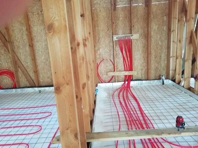 Теплый пол в каркасном доме на сваях - о нюансах в строительных работах