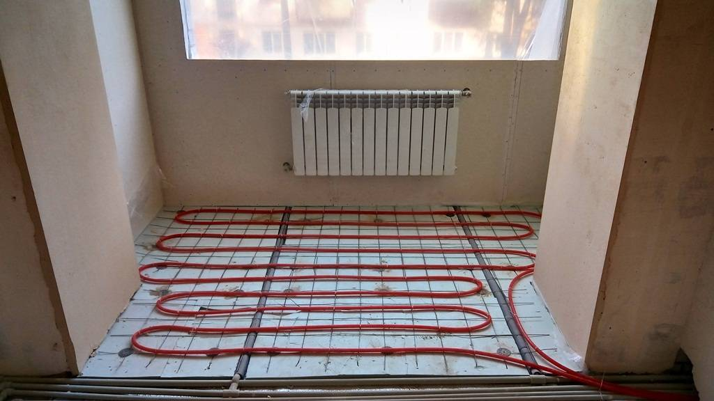 Водяной теплый пол в квартире - выбор и монтаж