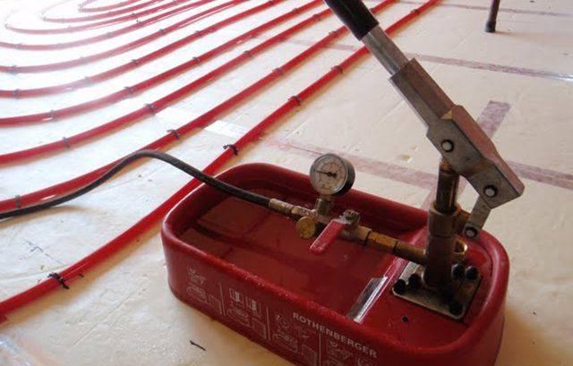 Нужен ли теплый пол: плюсы и минусы этого покрытия