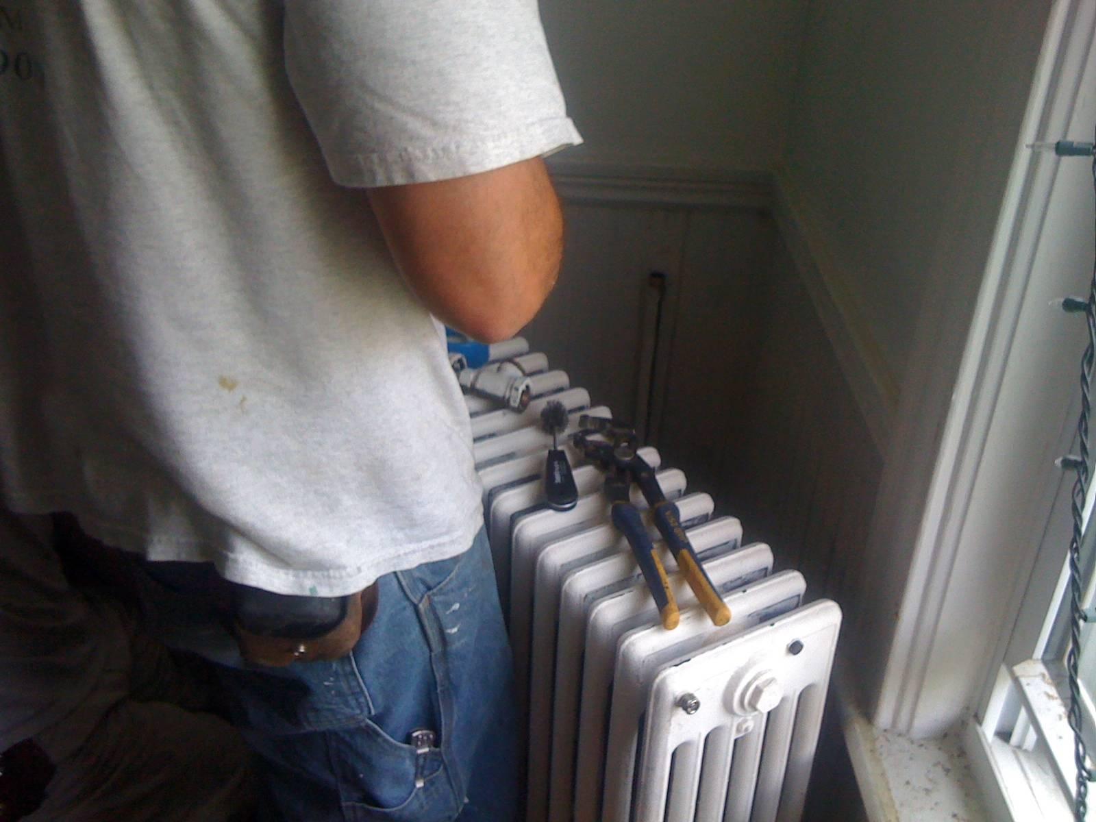 Как разобрать батарею отопления по секциям своими руками: пошаговая инструкция