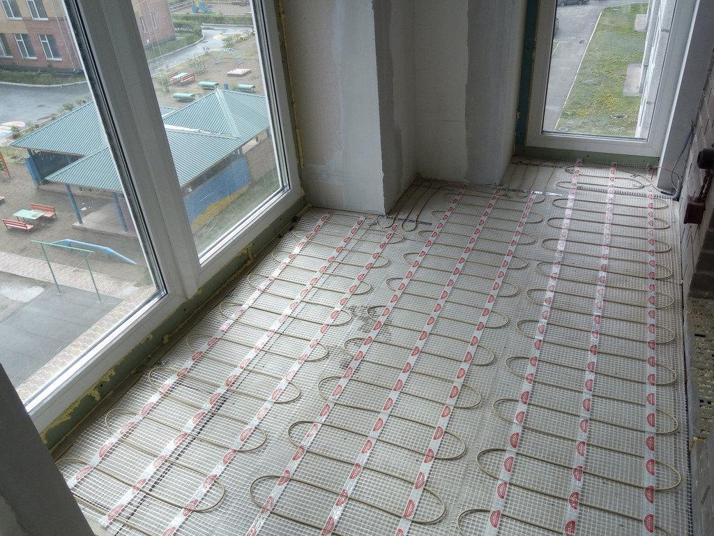 Как сделать теплый пол на балконе и лоджии: выбор системы обогрева + монтажные инструкции