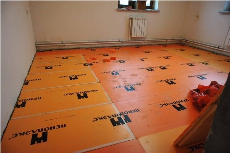 Утеплитель для пола под линолеум: чем утеплить, теплоизоляция на бетонный и деревянный пол, какой положить, как утеплить, фото и видео