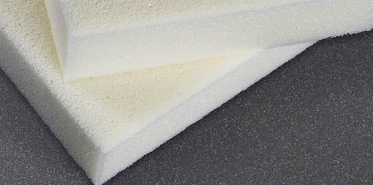 Листовой пенополиуретан: жесткий эластичный трудносгораемый утеплитель марки ппу-эр