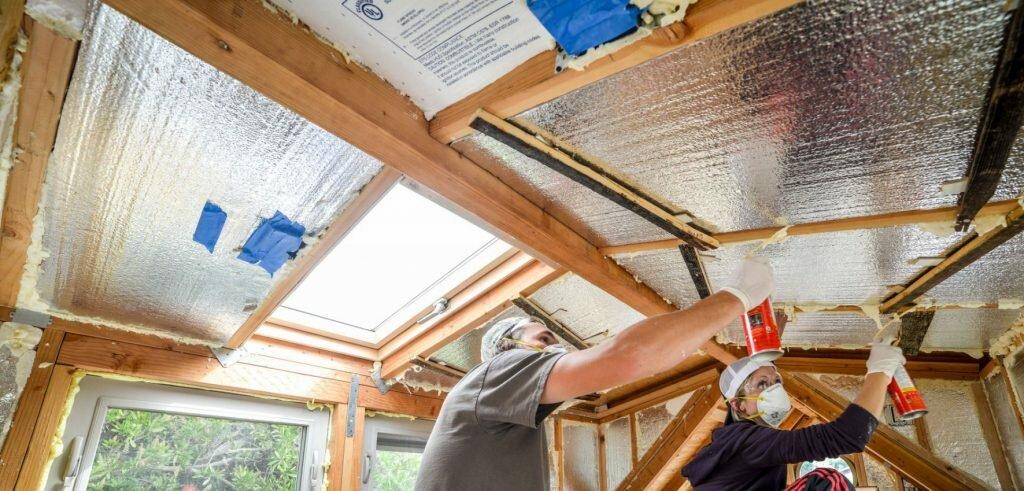 Как самому утеплить веранду: повышение морозоустойчивости летней конструкции