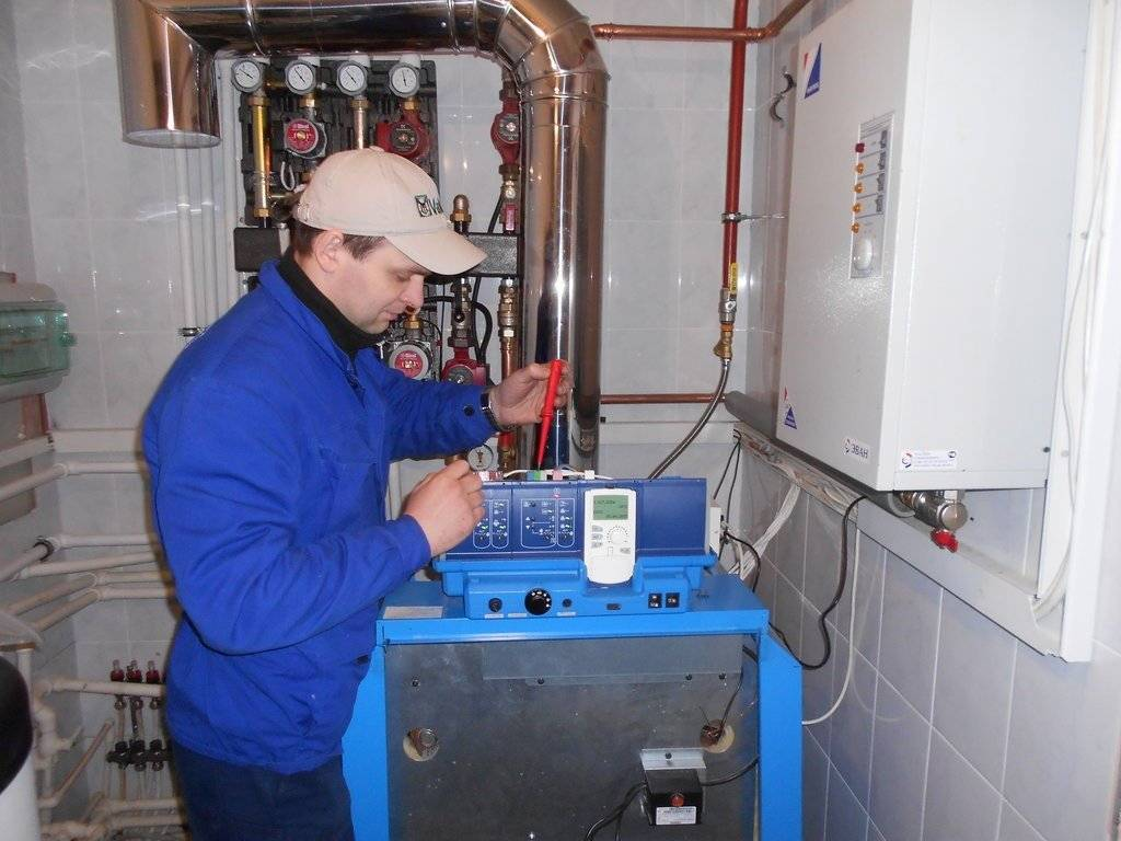 Особенности обслуживания системы отопления многоквартирного дома