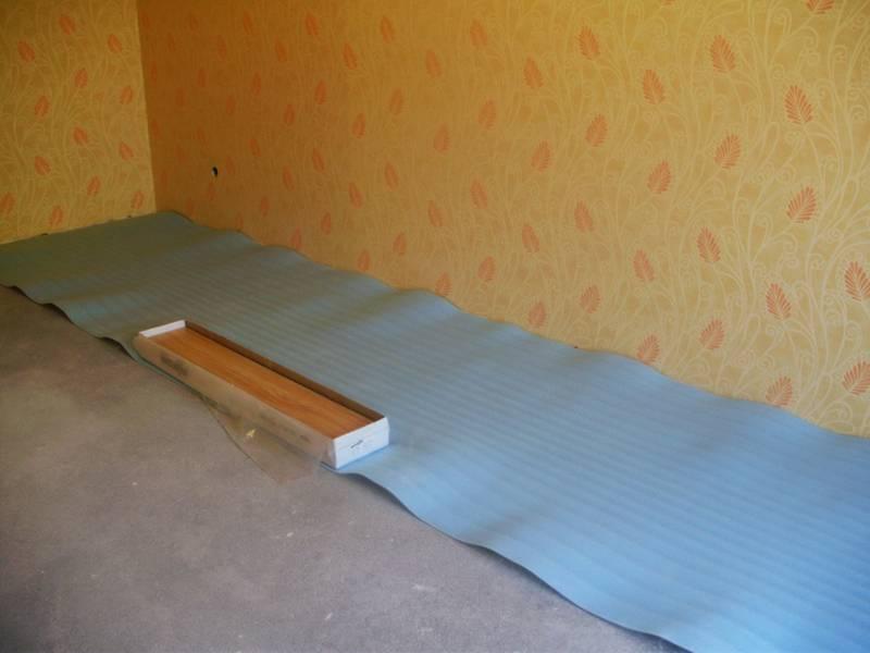 Теплоизоляция: как утеплить пол под линолеумом в квартире без систем обогрева | stroimass.com