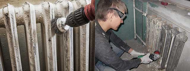 Как убрать старую краску со стен: как быстро снять акриловую, удалить масляную и водоэмульсионную с бетонных, деревянных и других покрытий?