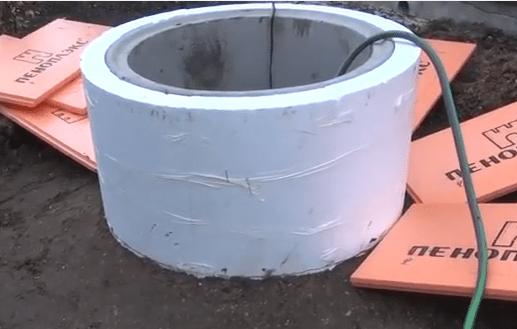 Утепление колодца из бетонных колец на зиму: обзор лучших способов