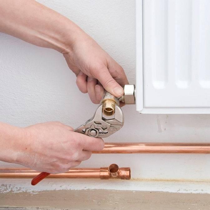 Как спустить воздух из радиатора отопления правильно – теория и практика