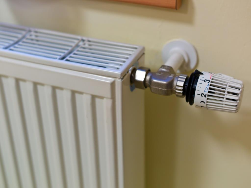 Регуляторы температуры для батарей отопления - только ремонт своими руками в квартире: фото, видео, инструкции