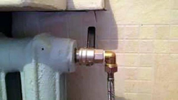 Как прогнать воздушную пробку в отопительной системе. как убрать воздушную пробку из системы отопления: обзор устройств и специфика их применения