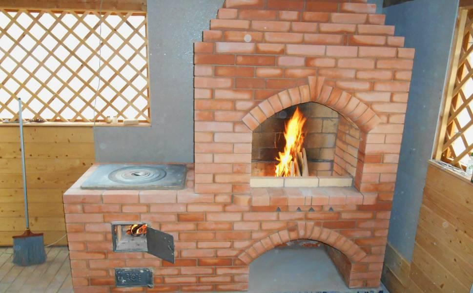 Как растопить печку дома сырыми дровами быстро, как разжечь печь