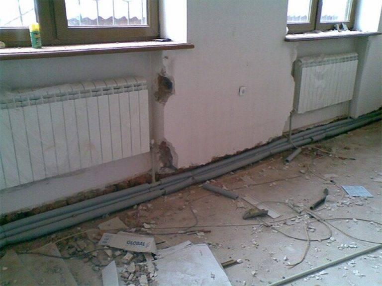 Трубы для центрального отопления и водоснабжения в квартире