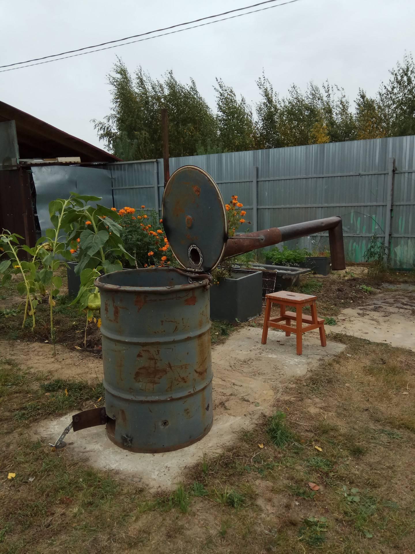 Печь для мусора на даче - 4 варианта изготовления своими руками