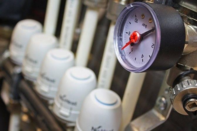 2 способа, которыми проводится опрессовка системы отопления и в чем их различия