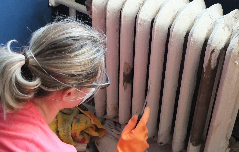 Покраска труб отопления: инструкция своими руками, выбор краски без запаха