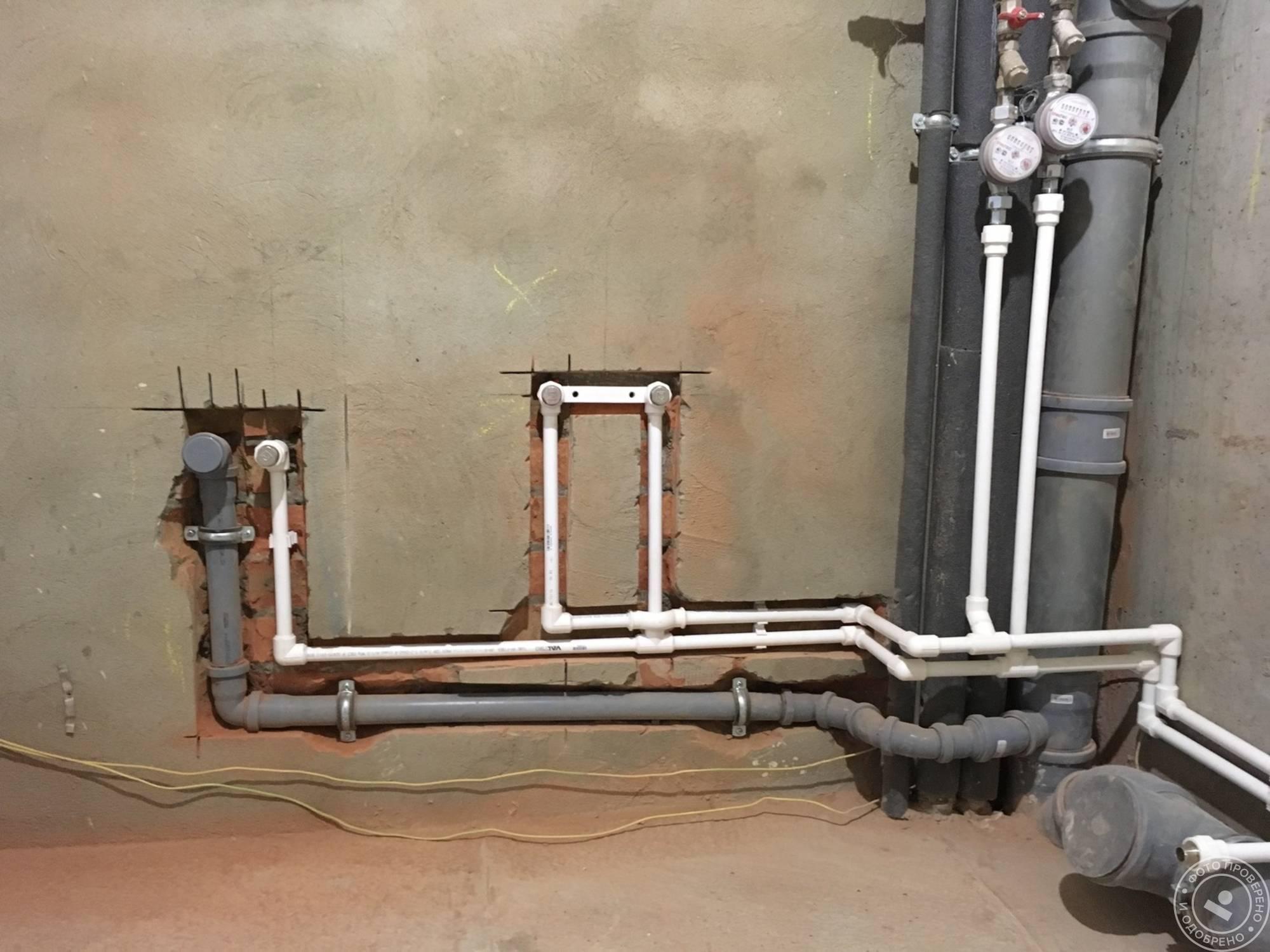 Прокладка трубопроводов отопления: схема подключения и прокладки труб, скрытая прокладка на фото и видео