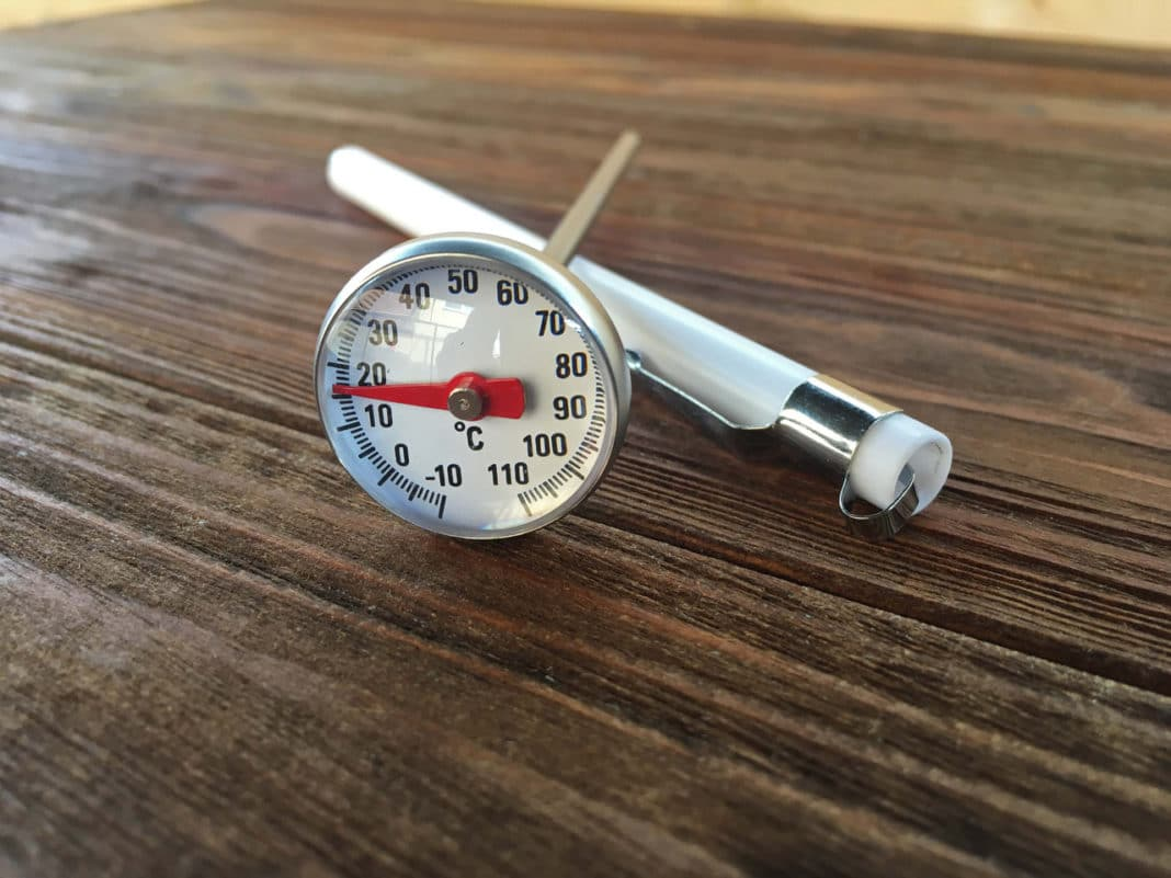 Температура горячего копчения (температурный режим в коптильне)