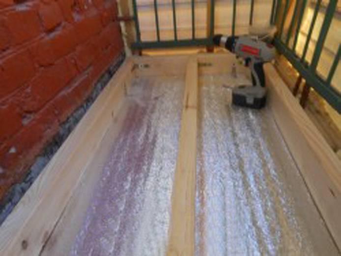 Как утеплить пол на балконе своими руками: материалы и инструкция