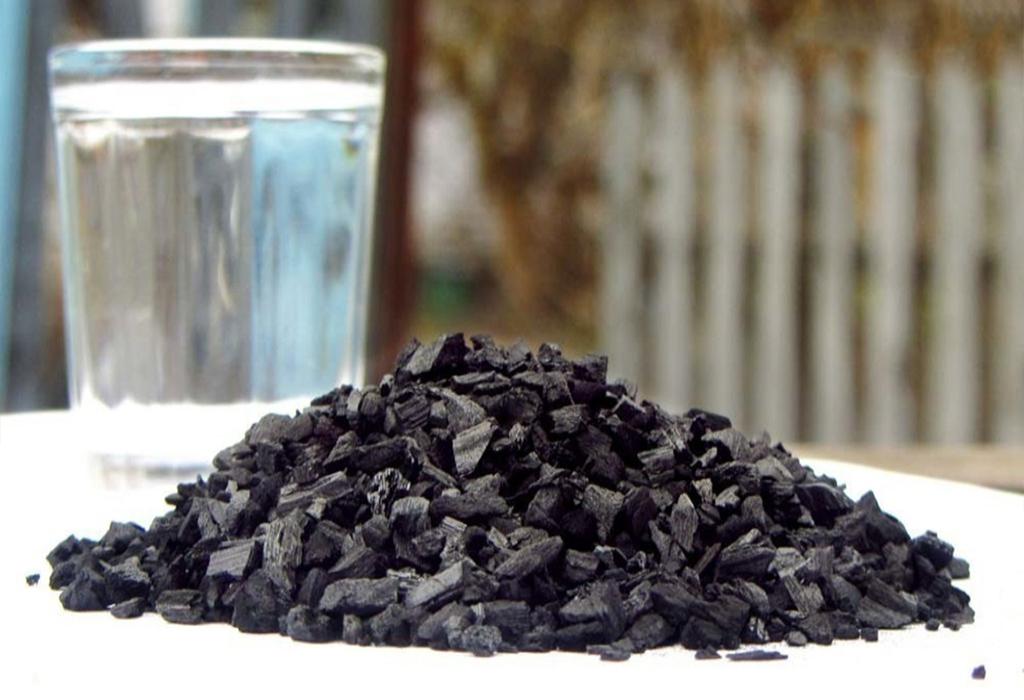 Кокосовый уголь для очистки самогона: как правильно очистить в домашних условиях, рецепт, пропорции, дозировка, сколько раз можно использовать