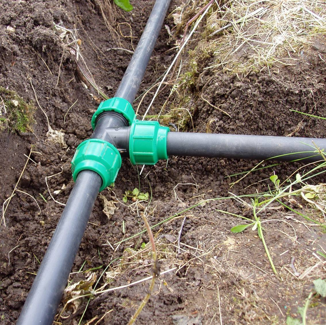 Труба пнд техническая для кабеля – гладкая и гофрированная   для канализации и водопровода – характеристики